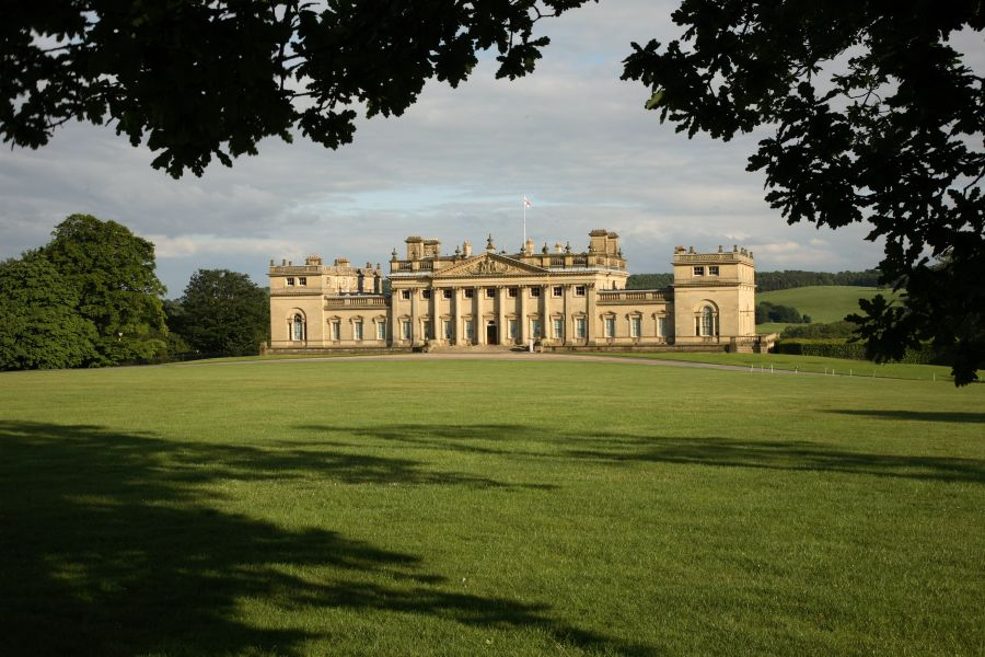 Image of Harewood House and surrounding grounds